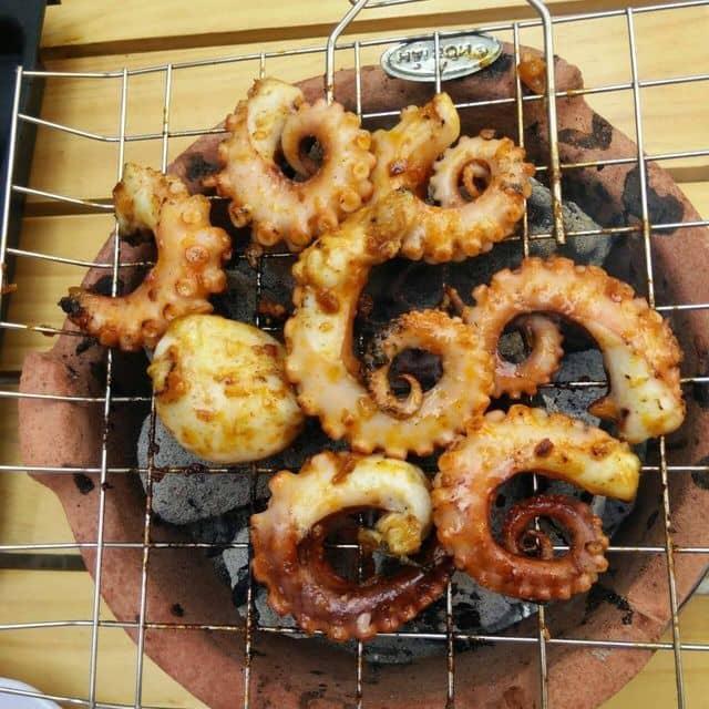 Bạch tuộc nướng kiểu ốc gạch của Ốc Gạch tại Ốc Gạch Quán - 28010