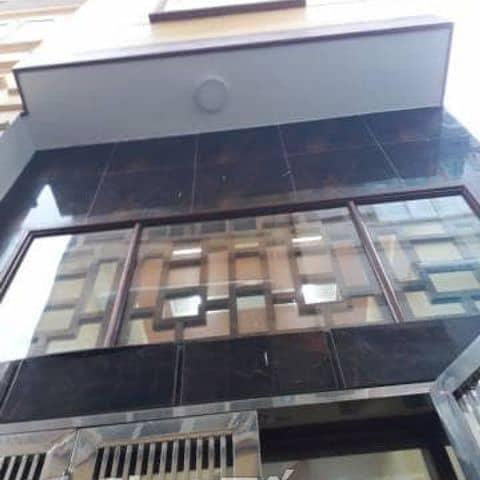 Bán nhà Bằng B,Hoàng Mai. 38m2. 4,5 tầng. 2,08 ty tại Dịch vụ tư vấn, cho  thuê nhà số 38 của Thu Huyền Nguyễn - Lozi