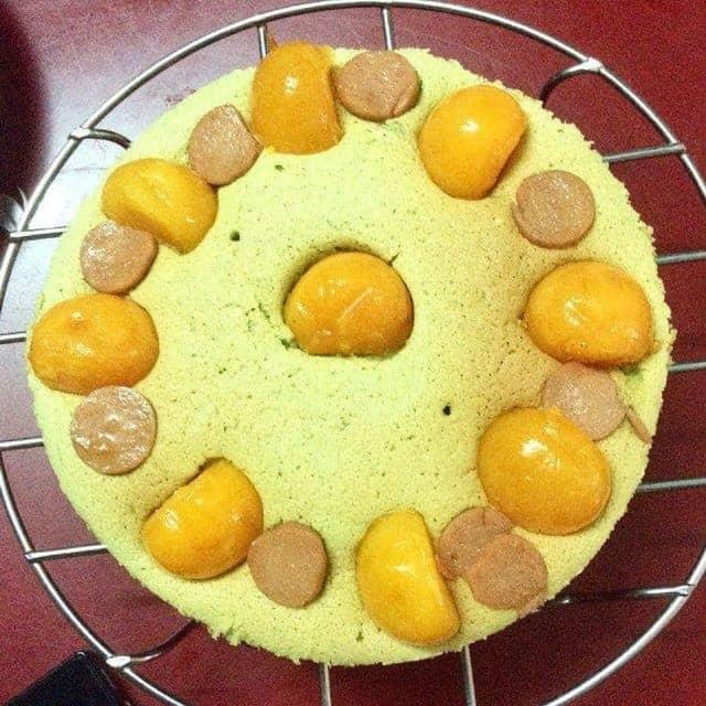 Bánh bông lan trứng muối trà xanh của Thanh N.Phan ❤️ tại Exhale Sweets - 86100