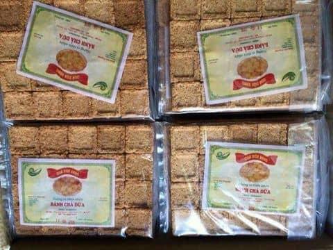Bánh chả dừa Cát Bà
