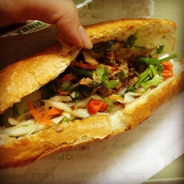 Bánh mì cá của Tu Doan tại Bánh mì cá Hàng Xanh - 12089