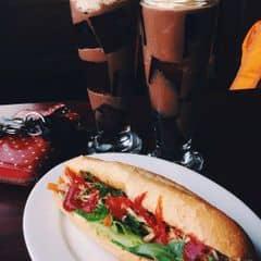 Highlands Coffee Du Thuyền  Thanh Niên - Café/Take-away & Café - lozi.vn