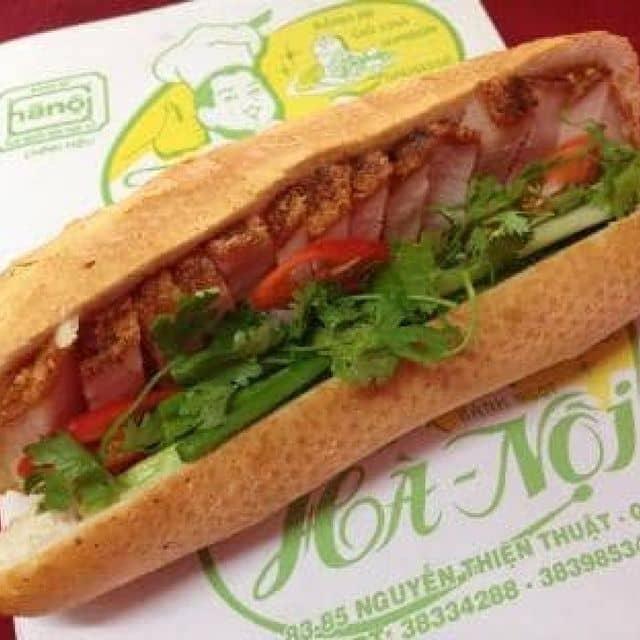 Bánh mì heo quay của Tu Doan tại Bánh mì Hà Nội - 7896