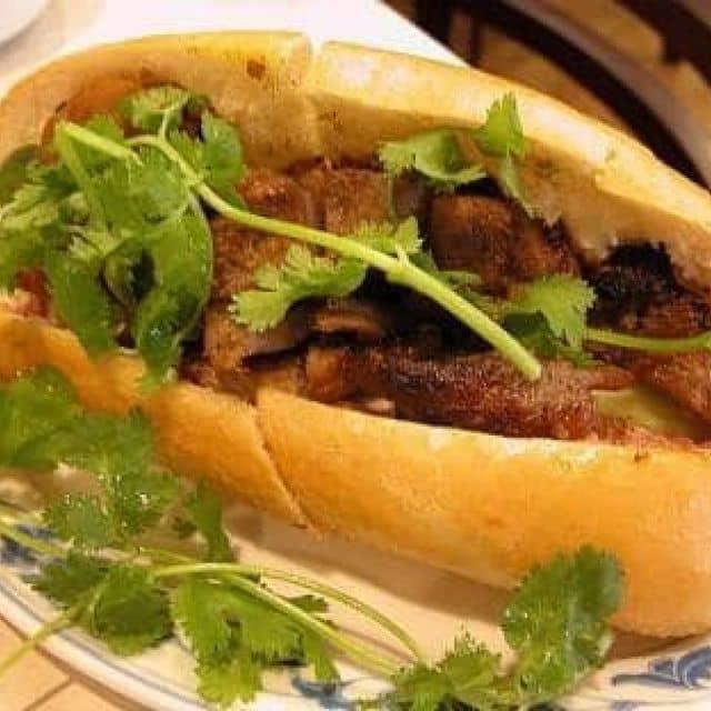 Bánh mì thịt nướng của Tu Doan tại Bánh mì Hà Nội - 7895