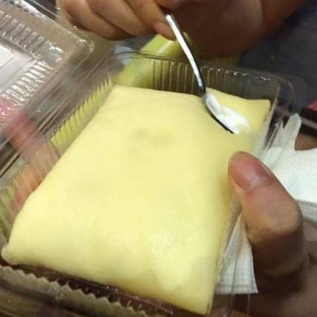 Bánh sầu riêng nhân kem của Johny Đặng Trung tại Xuyến Kim - Bánh rán sầu riêng - 18083