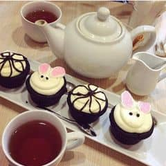 Bánh và trà của Bella Huyen tại Mint Cupcake Creation - Nguyễn Thái Học - 315392