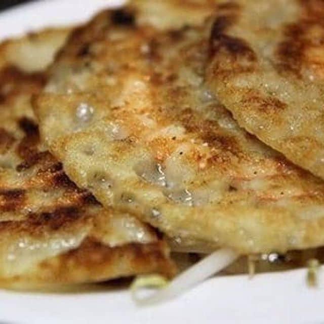 Bánh xèo hải sản của Trinh Nguyễn tại Bánh căn Hiền II - 8820