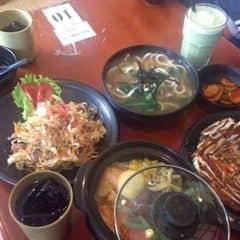 Bánh xèo Okonomyaki + miến xào hải sản + cơm trộn + mì udon của Hồ Ly tại Nhà hàng OkonomiYaki - Thụy Khuê - 431926