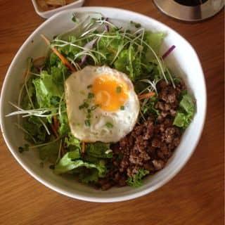 Beef bibimbap của hongtran87 tại 200 Nguyễn Trãi, Phạm Ngũ Lão, Quận 1, Hồ Chí Minh - 3436923