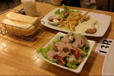 Beef steak tại Cube Beefsteak & Drinks - Bò Bít Tết Kiểu Pháp của ...
