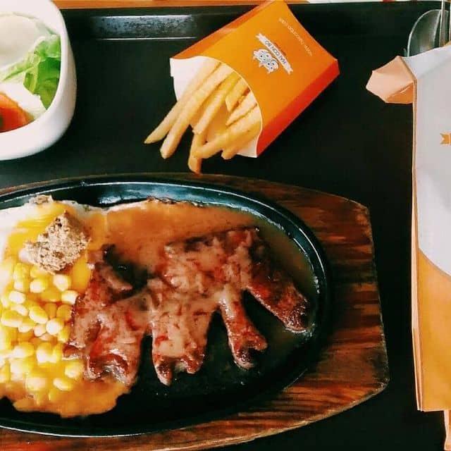 Beefsteaks  của Hà Mã Thon Thả tại Beefsteak Hai Con Bò - Nguyễn Cư Trinh - 43626