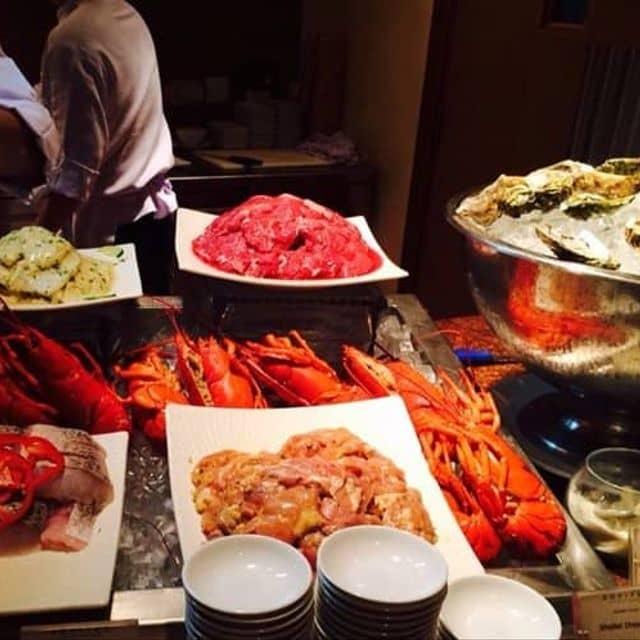 Buffet của Thảo Nguyễn tại Rivoli Cafe - Buffet Sofitel Saigon - 103531