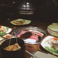 Gogi thì nổi khỏi bàn rồi 😘 Thịt ngon quá mức đã vậy ăn buffet thì thoải mái đến khi nào ko đi đc nữa thì thôi nha :)) #dongkhonglanh