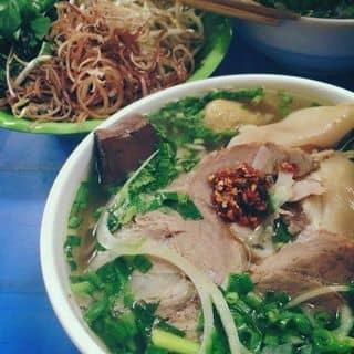 """Ăn """"NGAY VÀ LUÔN"""" bún bò Huế ngon nhất Hà Nội!"""