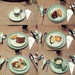 Cá hồi nướng rong biển. Bò nướng sốt. Sườn heo nướng.  của Polly Luong tại The LOG - Dine & Wine - GEM Center - 315426