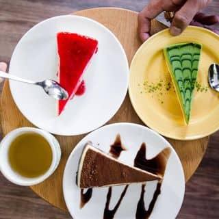 http://tea-3.lozi.vn/v1/images/resized/cheese-cake-54669-1444042948