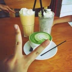 Matcha latte + trà đào mứt của Heosieubeo tại Urban Station Coffee Takeaway - Quang Trung - 365136