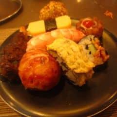 Muốn có 2 cái bụng để ăn quá.😛😛😛😛😛 #happykichi