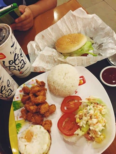 Cơm gà sốt chua ngọt - 160969 ng.anh - Lotteria - Diamond Plaza - 34 Lê Duẩn, Quận 1, Hồ Chí Minh