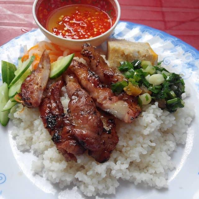 Cơm tấm của Nguyễn Thuận tại Cơm Tấm Thảo - Phan Văn Hớn - 139655