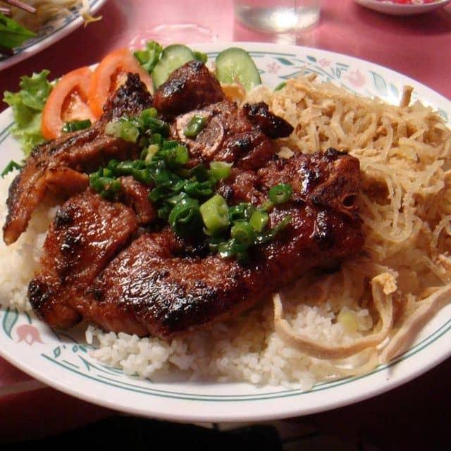 Cơm tấm sườn nướng của Minh Thu tại Cafe Nhóc - 16032