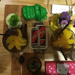 1 combo 70k mà ăn đc 2 người, lại còn chất lượng, vừa rẻ vừa tiết kiệm ❤️  Các món còn lại giá cũng dễ chịu, từ 30k trở đi nhưnh cũng rất ngon :))  Quán decor đẹp, có đồ chơi cho nhóm bạn tập thể nè, không gian thoáng với nhân viên rất thân thiện ❤️  Quán trong hẻm nhưng không khó tìm, đi cuối tuần nhưng không quá đông đúc, nchung là okie lắm á :))
