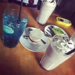 Cookie n cream and soda deep blue của Duyên Ngọc tại Urban Station Coffee Takeaway - Bàu Cát - 342839