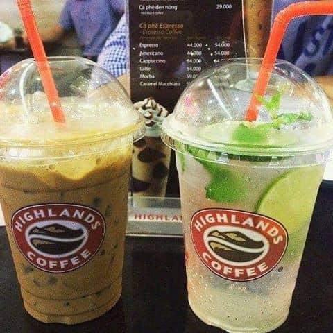 Các hình ảnh được chụp tại Highlands Coffee - Nguyễn Đình Chiểu