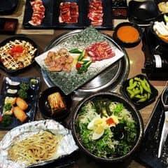Thịt ở đây phong phú và ngon hơn trước nhiều rồi😆Bánh xèo Nhật ăn cũng ngon cực kì.Có 2 menu mình ăn menu nhiều thịt hơn là 349k nha.Nhiều loại thịt lắm bò,gà,heo,hải sản đủ cả.Còn kèm cả lẩu nữa nhé