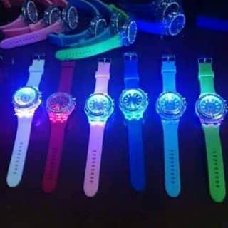 Đồng hồ less của votuans tại Chợ Đêm Đà Lạt, Thành Phố Đà Lạt, Lâm Đồng - 1192845