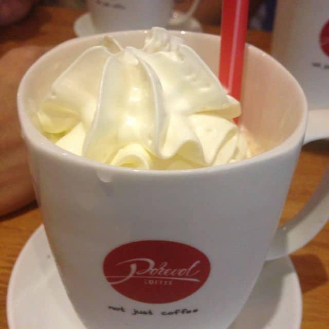 Kem cafe của Đức Trần tại Porevol Coffee - Trần Hưng Đạo - 3757