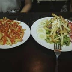 Khoai Tây Chiên + Salat gà của Kún Bướng tại Spaghetti Box - Núi Trúc - 376195