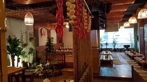 Không gian tầng 2 - 159668 shiuscorpior83 - Nhà hàng Món Việt - Nguyễn Khang - 123 Nguyễn Khang, Yên Hoà, Quận Cầu Giấy, Hà Nội