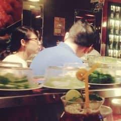 #happykichi Băng chuyền chạy vèo vèo, đồ ăn cứ tối tấp các bác ạ 😂😂😂 Mình với 2 bạn nữa đã có 1 bữa ăn siêu no nê tại kichi yêu dấu. Hi vọng sẽ thắng cuộc thi để được ăn ngon tiếp.