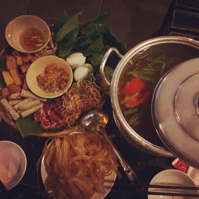 Lẩu cua đồng của Dolly Hồng tại Ngõ 8 - Trà Chanh & Lẩu Riêu Cua Đồng - 119571