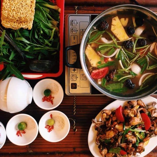 Lẩu Thắng Béo - Cấm Chỉ - 4a Ngõ Cấm Chỉ, Hàng Bông, Quận Hoàn Kiếm, Hà Nội