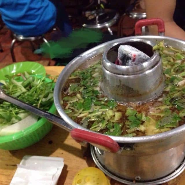 Lẩu ếch măng cay của Thảo Nguyễn tại Lẩu Ếch Sáu Hiếu - 139342