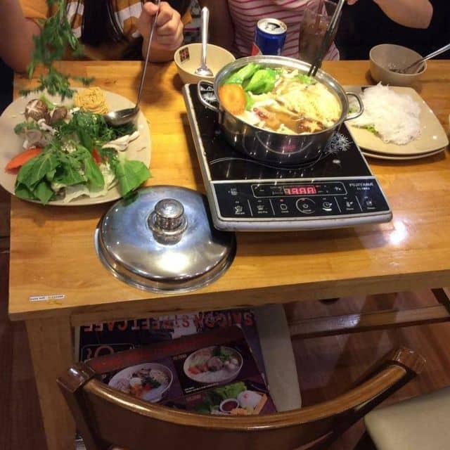 Lẩu gà nấm của Huân Hàm Thu tại Ngõ - Vincom Center - 68048