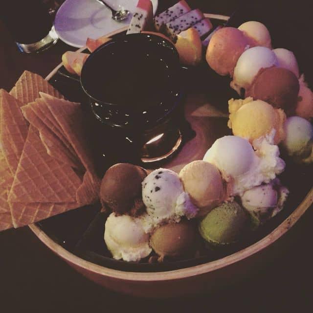 Lẩu kem của Linh Đàm tại EON 50 Cafe - Bitexco Tower - 46884