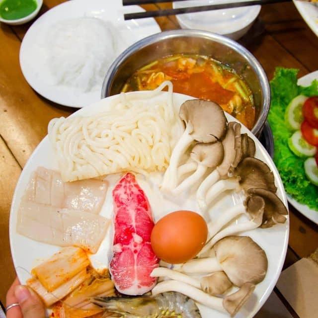 Lẩu Nhật hải sản mỳ udon của Trinh Trần tại HOTPOT RUNWAY - Lẩu 1 Người & Đồ Nướng - 126613