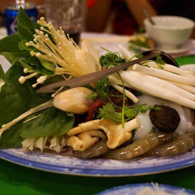Lẩu thái của Nguyen Ngoc tại Làng Nướng Nam Bộ - Trần Quý Cáp - 14560