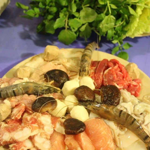 Lẩu Băng Cốc - Hàng Bún - Số 11+13 Hàng Bún, Quận Hoàn Kiếm, Hà Nội