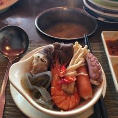 Lẩu thái kichi kichi của Tuty Tuty tại Lẩu Băng Chuyền Kichi Kichi - Phạm Ngọc Thạch - 19644
