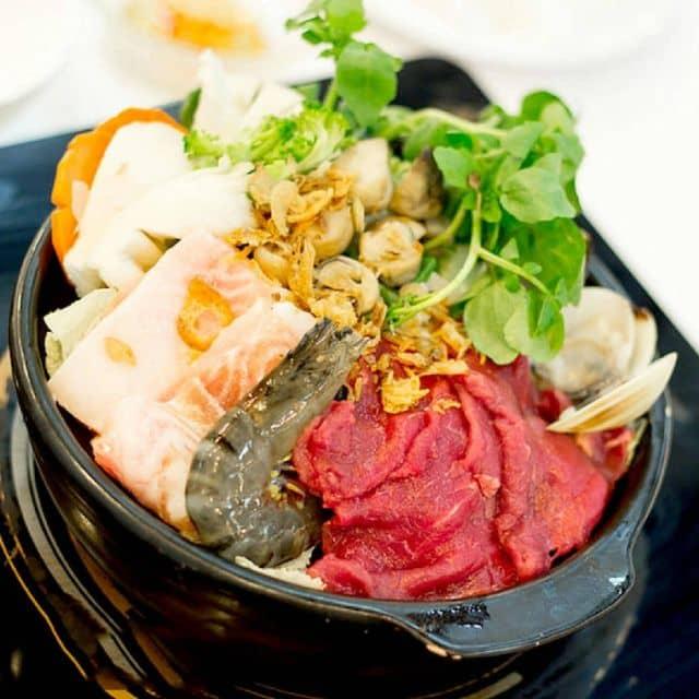 Lẩu thập cẩm hải sản của Dương Nguyễn tại Redpot Foodcourt - Vincom B - 51806