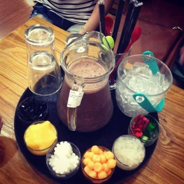 Lẩu trà sữa của Riley Nguyễn tại Kingtea & BBQ - 63030