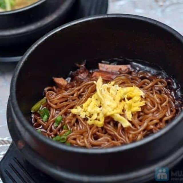 Mì đen hàn quốc của Pea Shalala tại Nhà hàng Arirang Ka Tun - 1601
