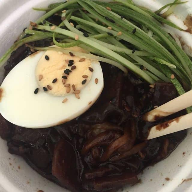 Mì đen hàn quốc của Quốc Vinh tại Hanuri Korean Fast Food - Sư Vạn Hạnh - 173234