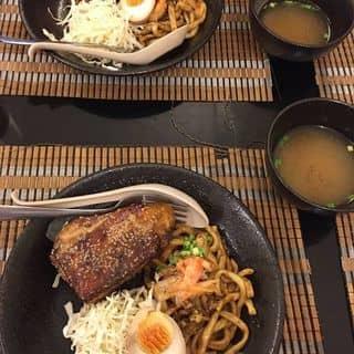 http://tea-3.lozi.vn/v1/images/resized/mi-tron-ga-nuong-tieu-mi-tron-ga-chien-xu-vi-cay-130975-1448448644