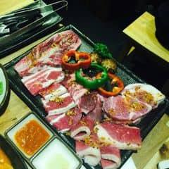 Thịt tươi ngon, không gian đẹp, giá cả ok, hơi đông nên đợi lâu...!!!