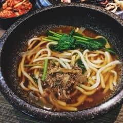 Đồ ăn kèm trong combo ăn cũng được , gọi combo 269k của Sumo ăn no phè phỡn😚😚